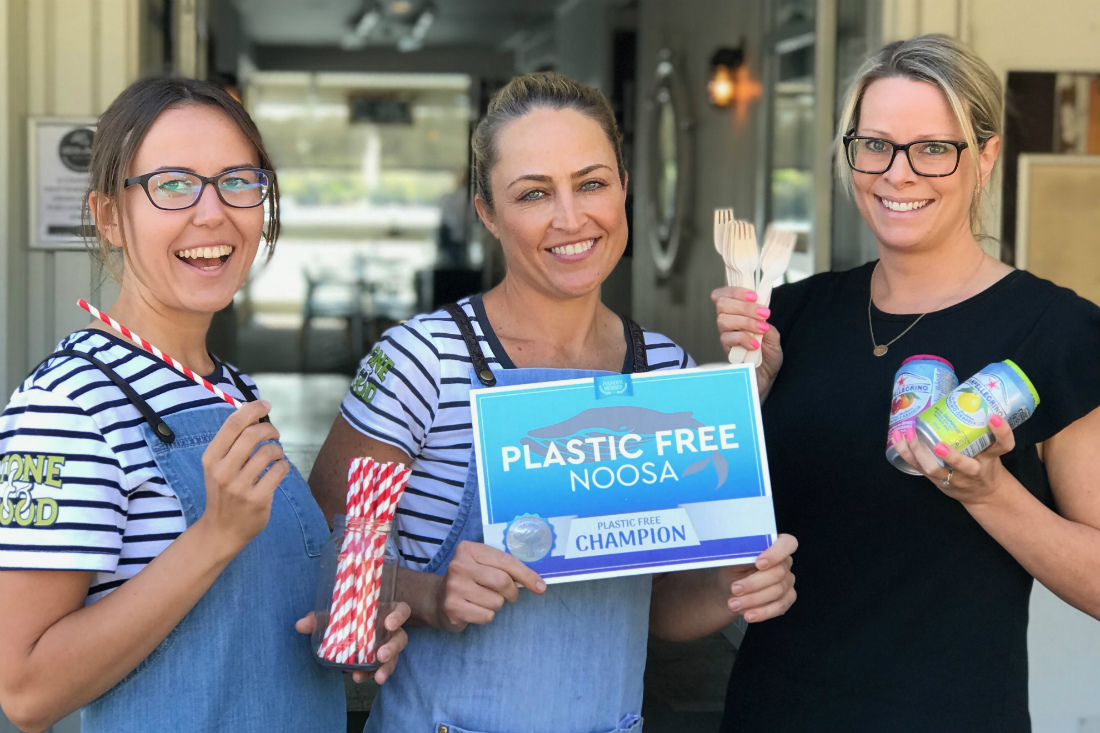 staff at noosa boathouse go plastic free