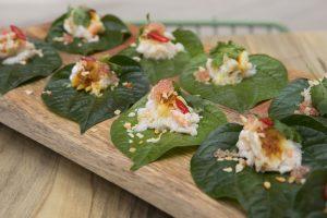 betel-leaves-fraser-isle-spanner-crab